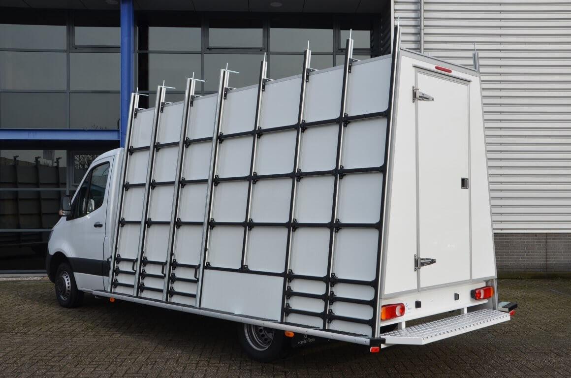 euroborn glasrasteel op chassis cabine