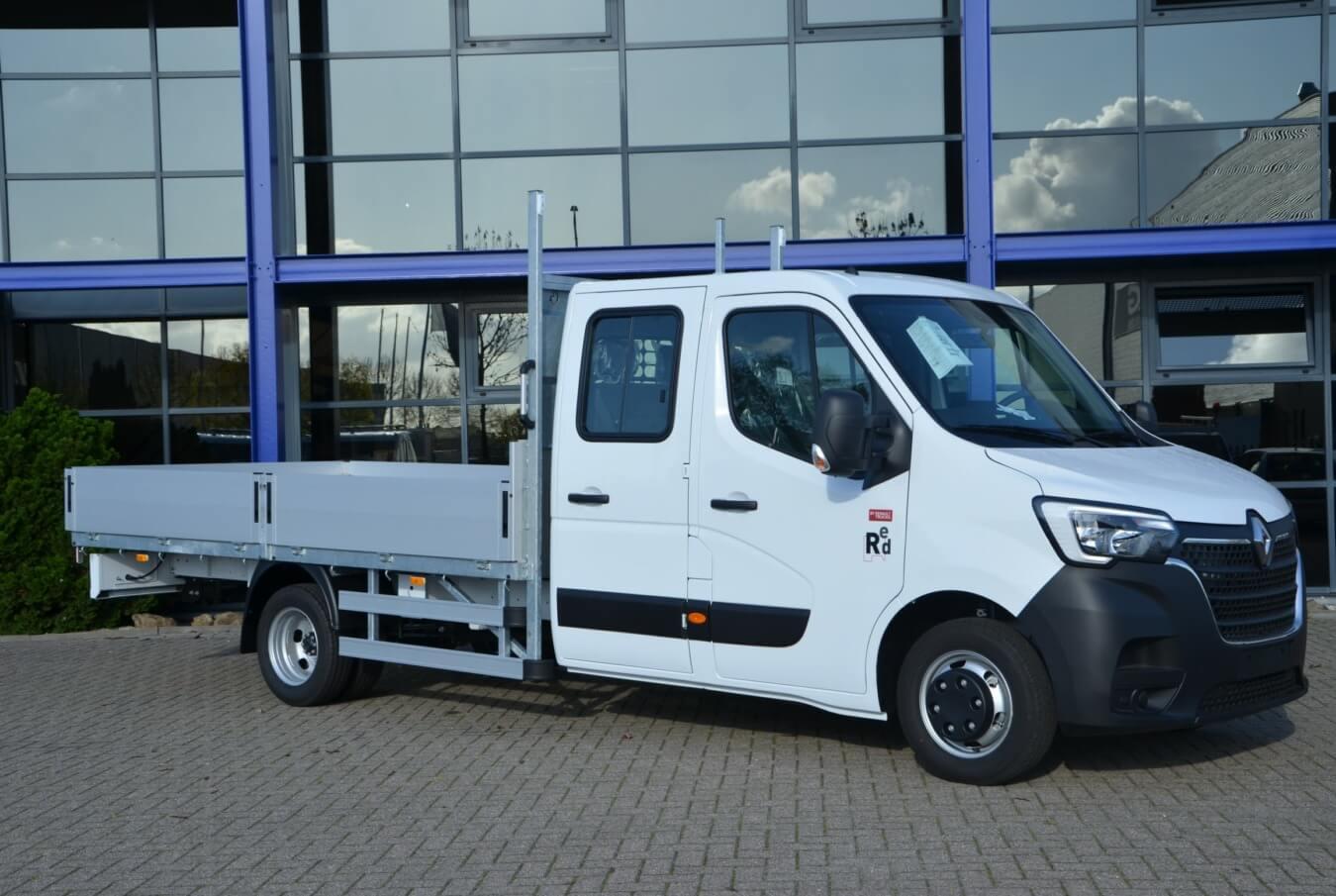 Tien Renault Masters voorzien van Ergo open laadbak